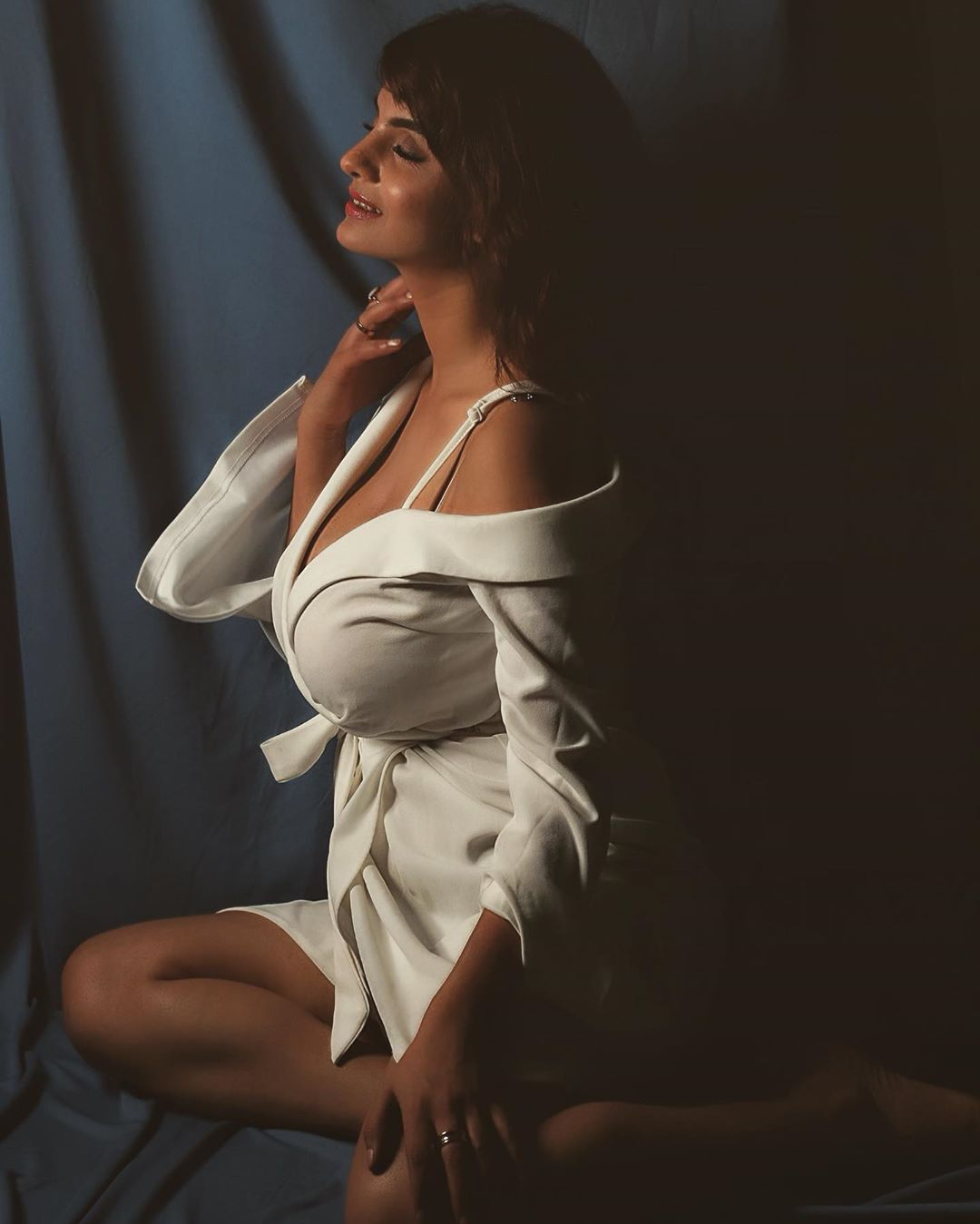 Hottest Anveshi Jain Pictures