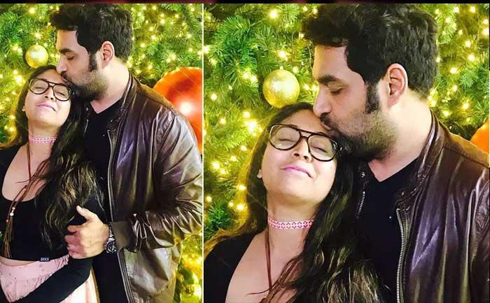 Music Composer Gopi Sundar Kisses Girlfriend Abhaya