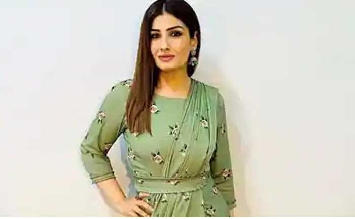 Raveena Tandon Fan Rose