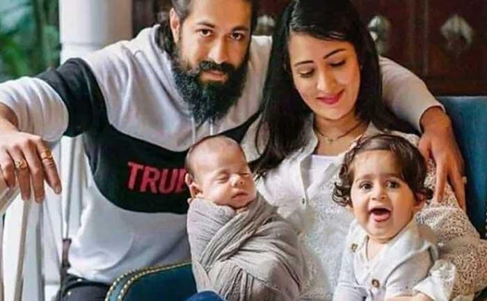 Yash Radhika Daughter expressions