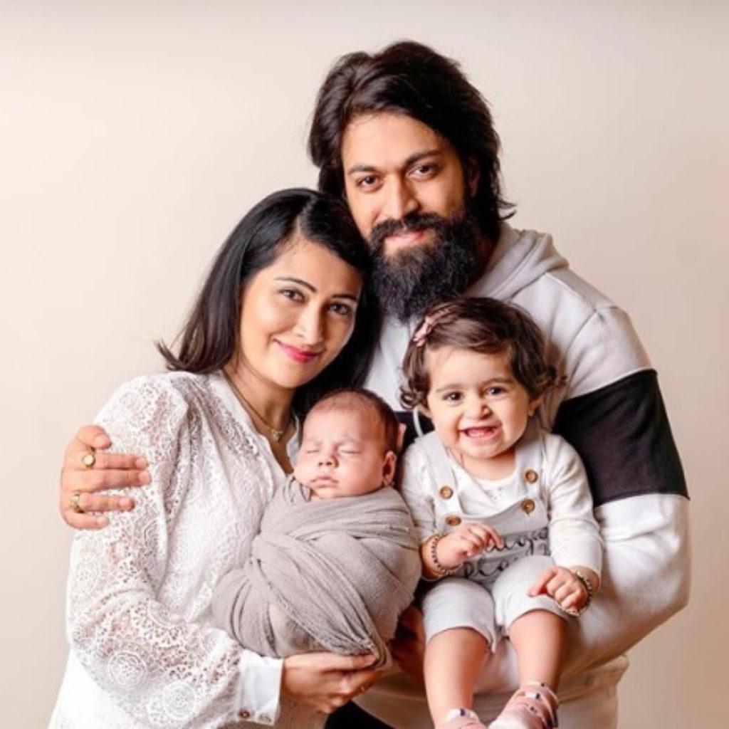 KGF star Yash family pic