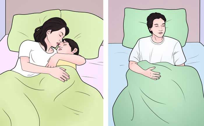 babies sleep with their mothers