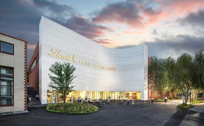 Lindt to open willi wonka chocolate factory