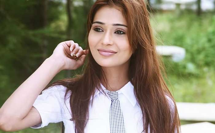 Sara Khan tests positive for Covid