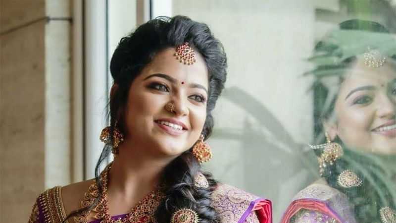 Tamil-Actress-And-Pandian-Stores-Fame-VJ-Chithra-Comits-Sucide